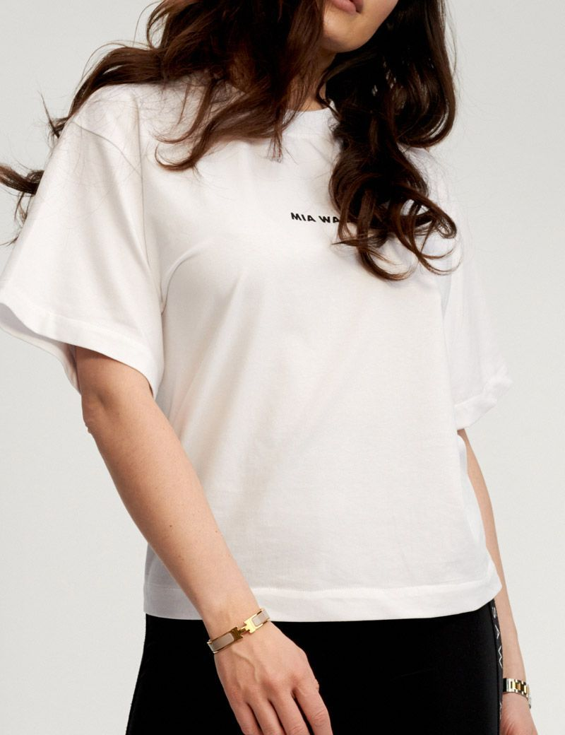 T- shirt QUEENS biały